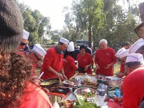 חלוקי בישול אדומים