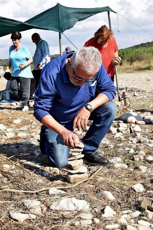 מחלקת תרבות ופנאי של עיריית בת ים בסדנת איזון אבנים